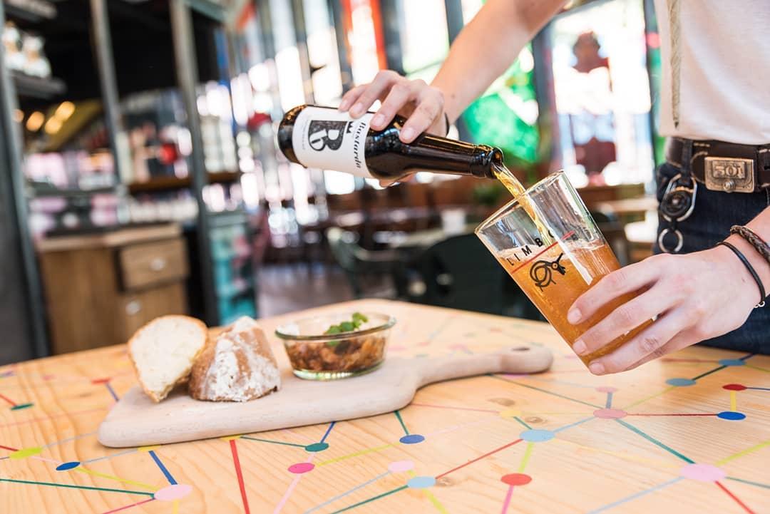cervecería limbo con extensa carta de cervezas